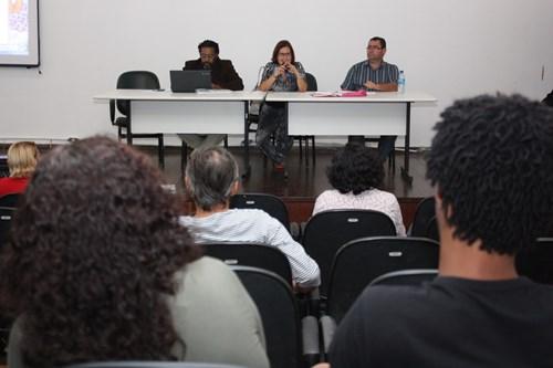 Assembleia da ADUNEB aprova reajuste salarial